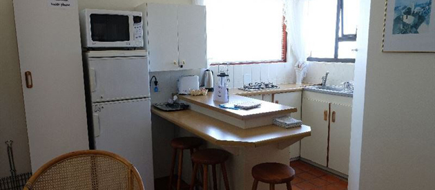 SKULPIE SELF CATERING COTTAGE, WILDERNESS